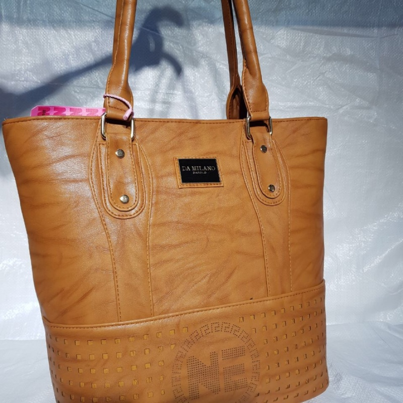 5852b104e33 Womens brown da milano leather tote bag from StyleTribe – coutloot.com