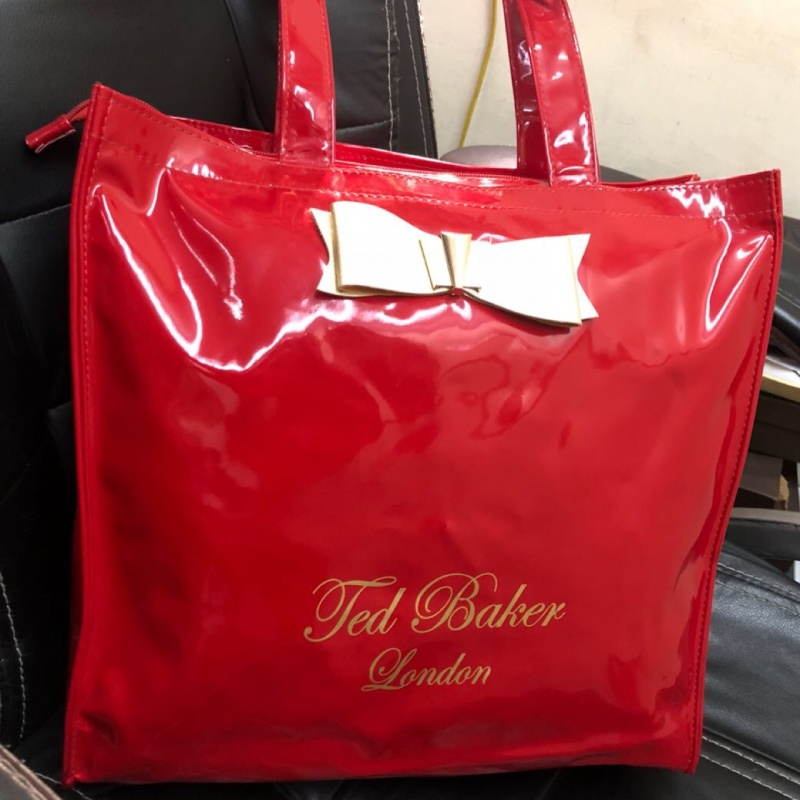 2a62723f900d1f Red ted baker london leather shoulder bag from Ted Baker – coutloot.com