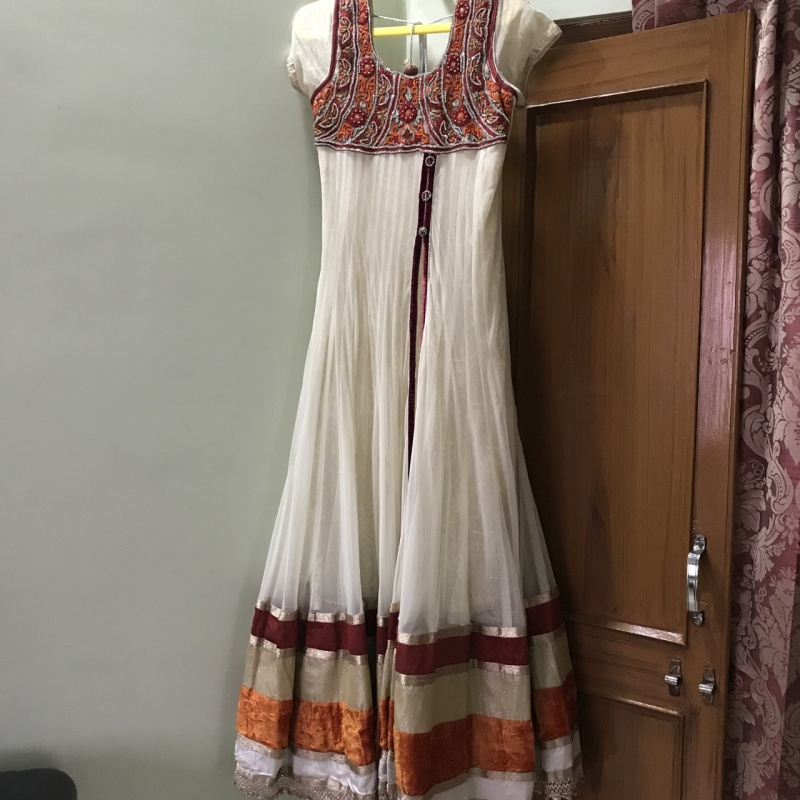5d770923f37 Long white anarkali gown from StyleTribe – coutloot.com